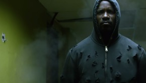 luke-cage-smashes-all-in-netflix-s-first-trailer-unveiled-at-comic-con-lu-1068165