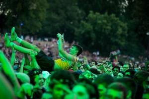 osheaga-2016-crowd-Cr-TimSnow-2