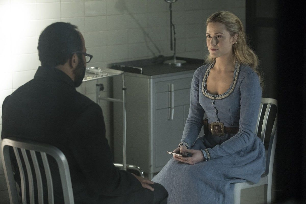 HBOs_Westworld_Season_2_Episode_7_Les_Ecorches_Bernard_Lowe_and_Dolores_Abernathy_as_seen_in_Episode_6.0