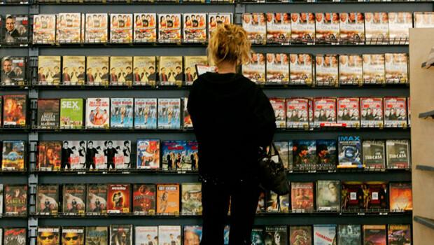 blockbuster-video-store-1990s-16x9