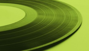 cutting-vinyl-records-in-mono-and-stereo-1200x901