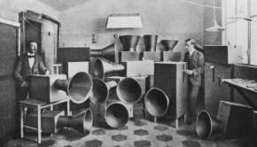 Luigi-Russolo-Ugo-Piatti-and-the-Intonarumori-via-arthistoryproject-com-4-1